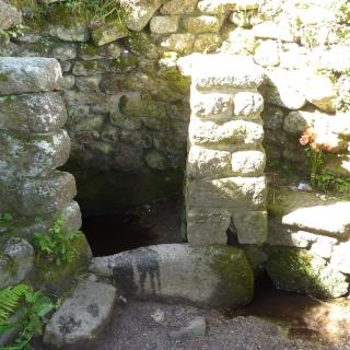 Ancient Cornish Well: Madron